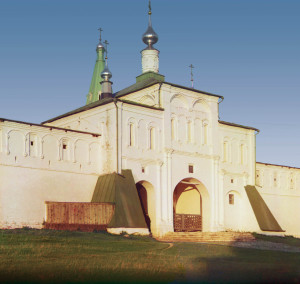 Надвратная церковь вмч. Феодора Стратилата