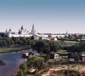 Общий вид на монастырь