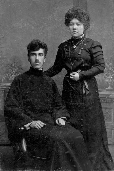 Диакон Алексей Покровский с женой